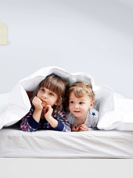 Anti Allergy Cotbed Duvet & Pillow Set image number 4