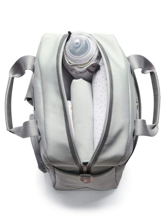 Bowling Style Changing Bag with Bottle Holder - Grey/Champange image number 3