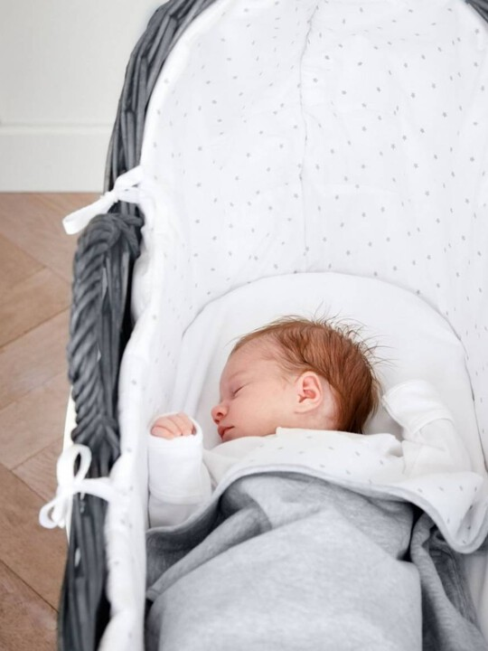 White Star Moses Basket image number 3